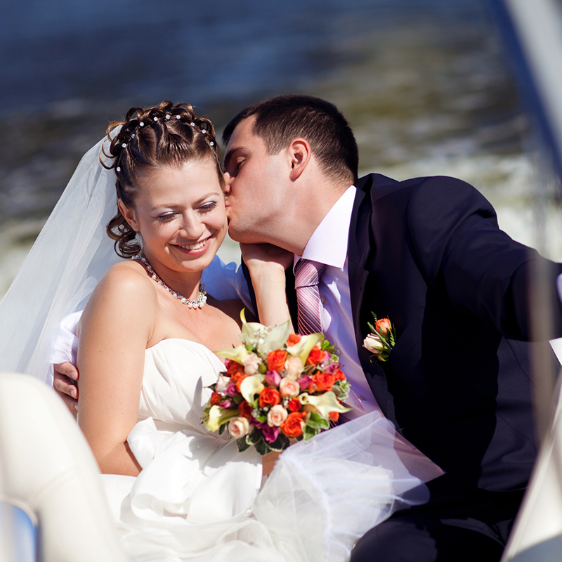 Captain Cathy Eagle Boat Tours: Wedding or Vow Renewal Boat Tour (image)
